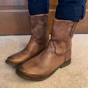 Brown leather boot.